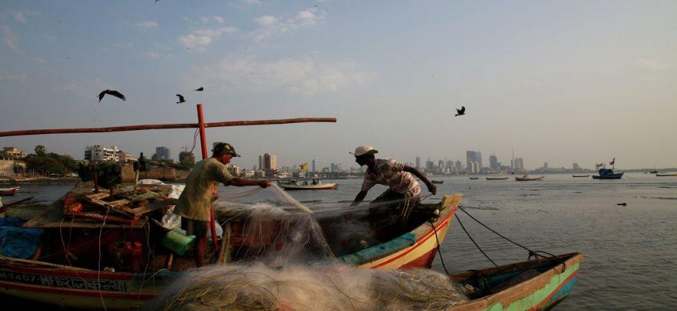 Indian fishermen detained by Sri Lankan Navy (Representational Image)