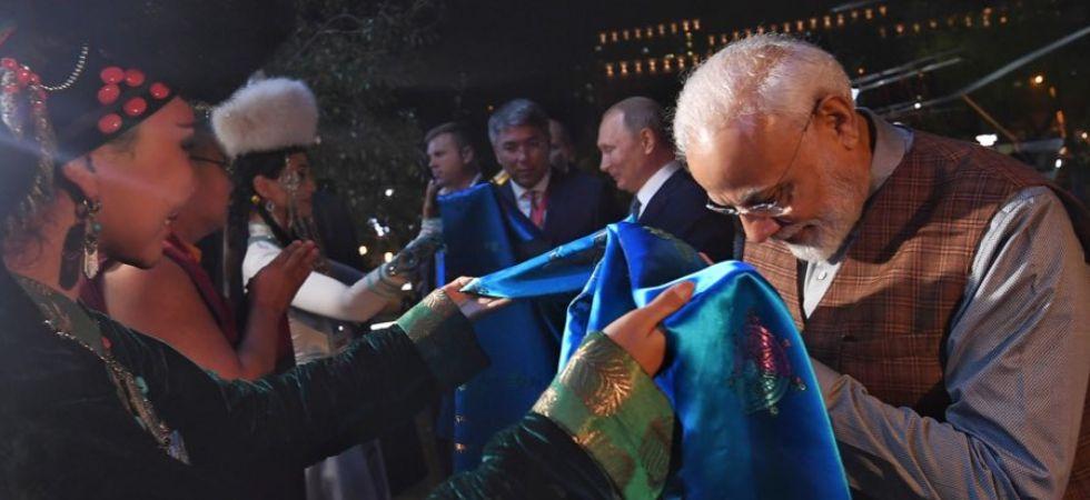 PM Narendra Modi with President Vladimir Putin (Image: @MEAIndia)