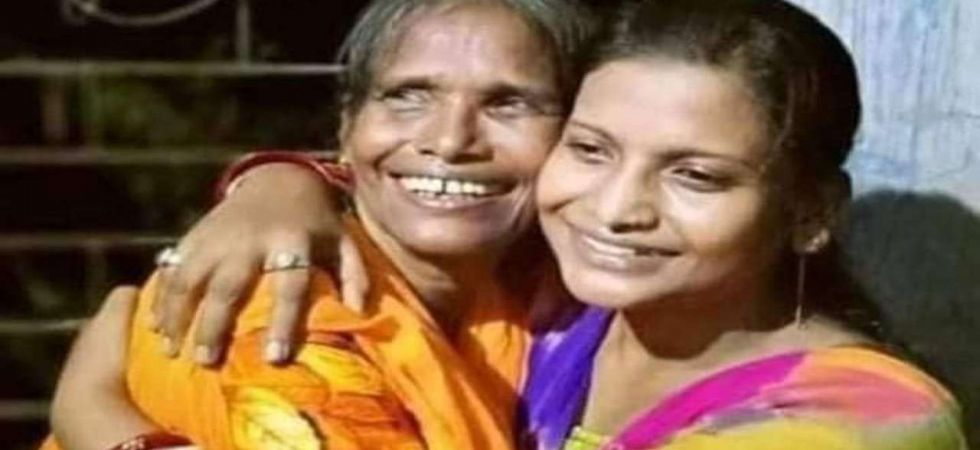 Ranu Mondal Croons Mohammed Rafi Song  With Daughter Swati