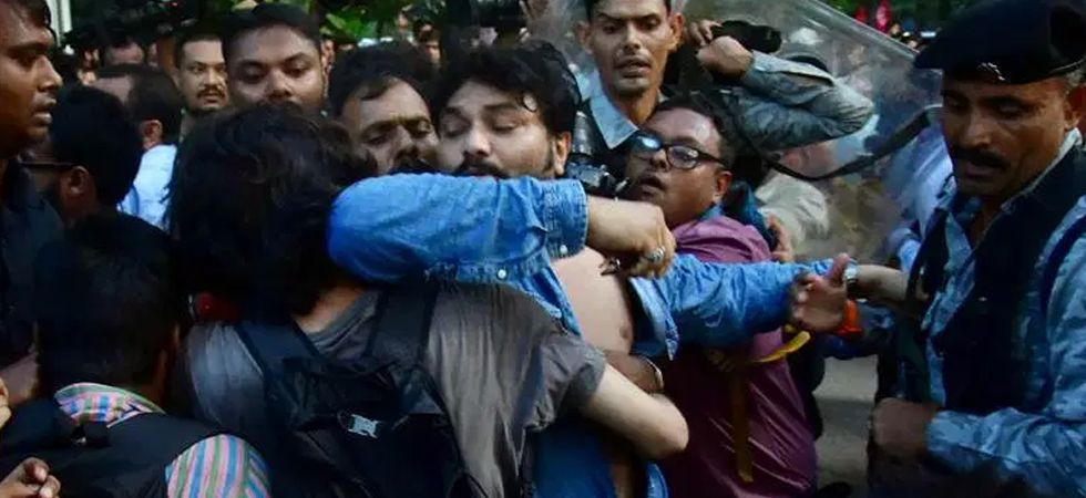 Bengal Governor said the alleged heckling of Supriyo by a section of Jadavpur University students was a very serious matter. (Image Credit: ANI)