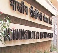 Academically Weak IIT Students Will Now Have Exit Option, Take A BSc Degree