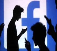 US Pushes Facebook For Way To Peek At Encrypted Messages