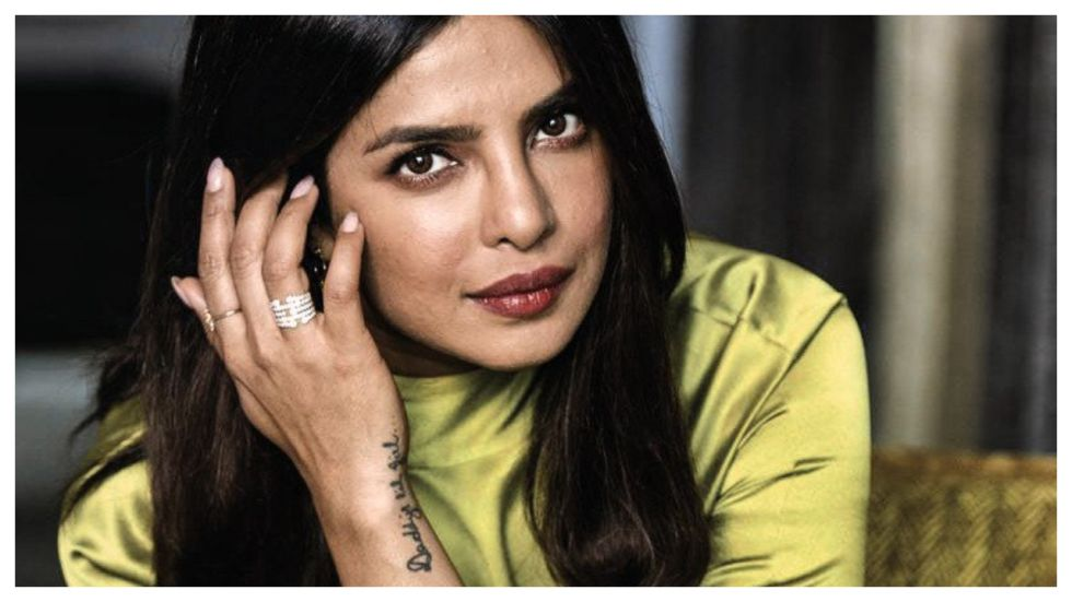 Priyanka Chopra Becomes First Indian celeb To Go #BehindTheTweets
