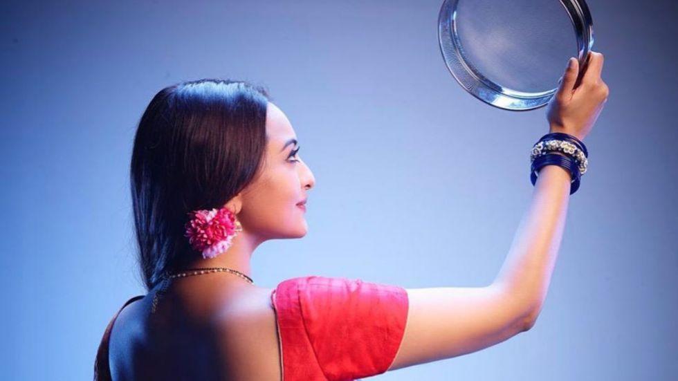 Dabangg 3: Sonakshi Sinha Wishes Fans On Karwa Chauth In Rajjo Style