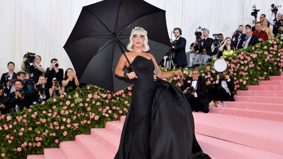 Lady Gaga Falls Off The Stage At Her Enigma Las Vegas Show