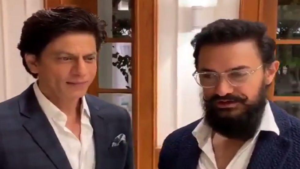 When Shah Rukh Khan Hugged Aamir Khan At An Event Organised By PM Modi