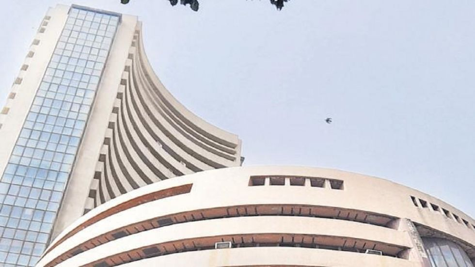 Bharti Airtel, RIL, HCL Tech, Asian Paints, Tata Steel and Tata Motors, rose up to 3.31 per cent.