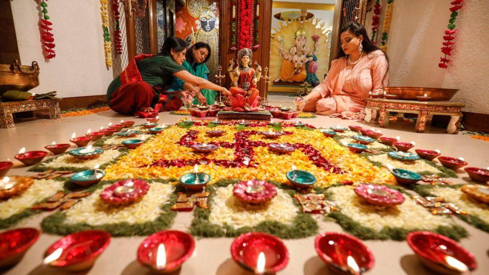 Diwali 2019: Laxmi Puja Timings And Vidhi For An Auspicious Beginning