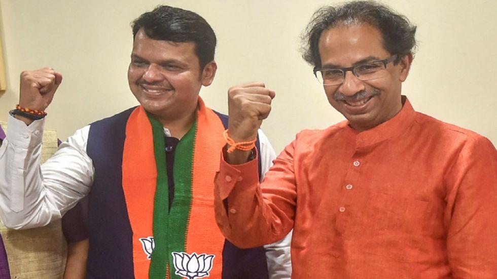 In his column 'Rokhthok' in Sena mouthpiece 'Saamana', Sanjay Raut said,
