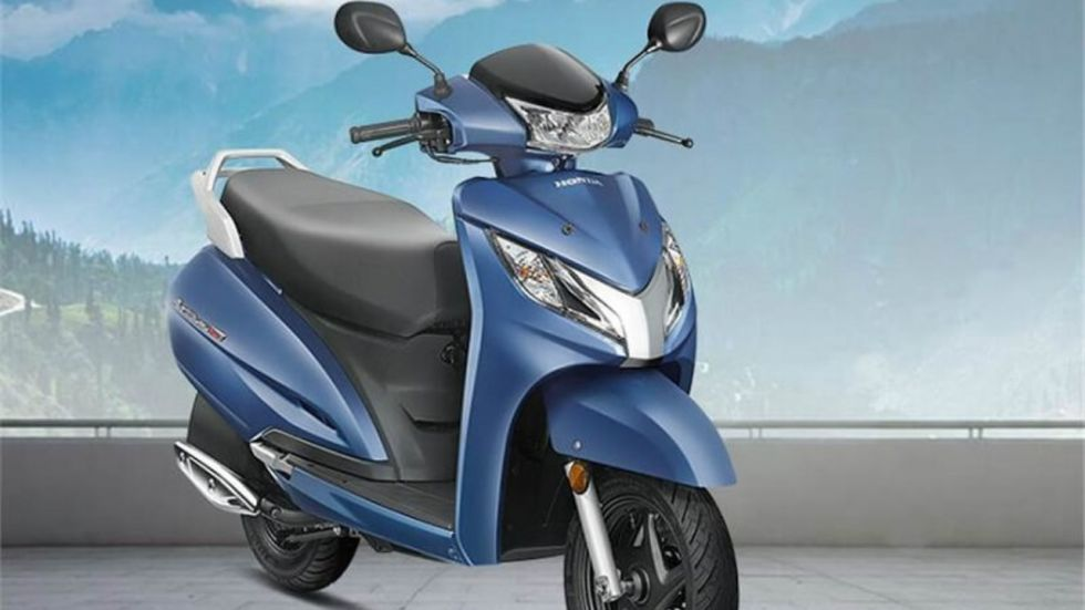 Customer Pays For New Honda Activa 125 BS6 In Coins