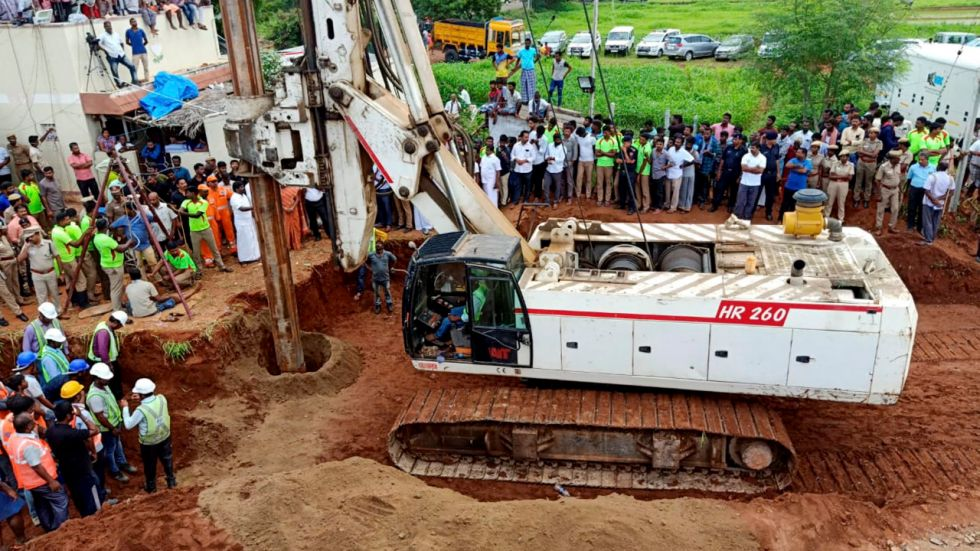 The child had fallen into the borewell while playing near his house at Nadukattupatti on Friday evening.