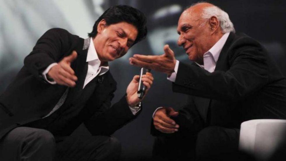 SRK Misses Yash Chopra As He Spots Man Singing Song From Dilwale Dulhaniya Le Jayenge