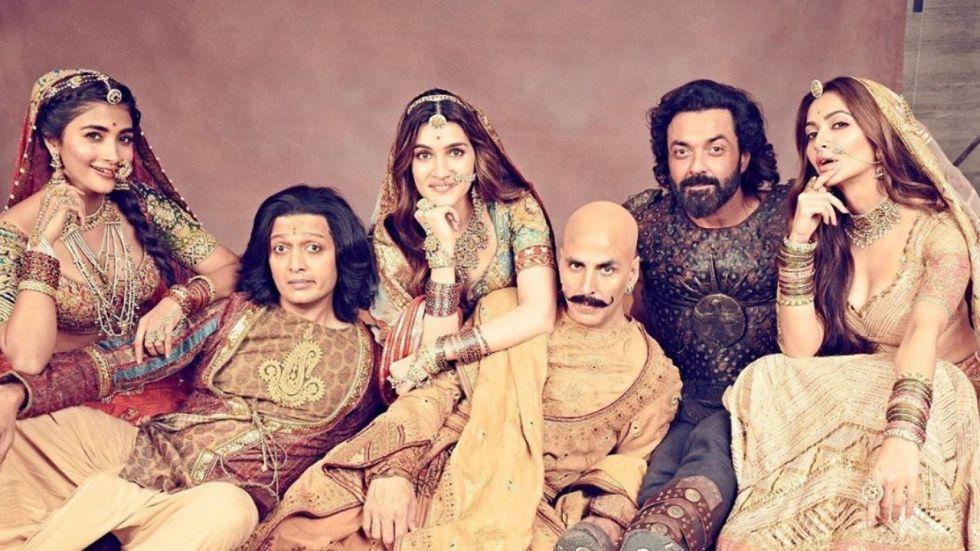 Akshay Kumar's Housefull 4 is doing wonders at the box office.