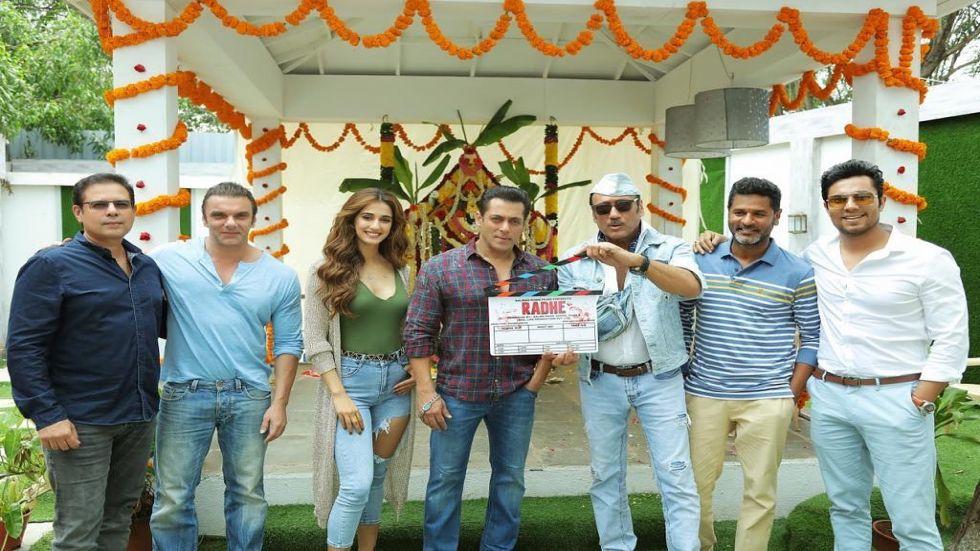 Disha Patani To Romance Salman Khan in Radhe; Actor Shares Muharrat Day Pic