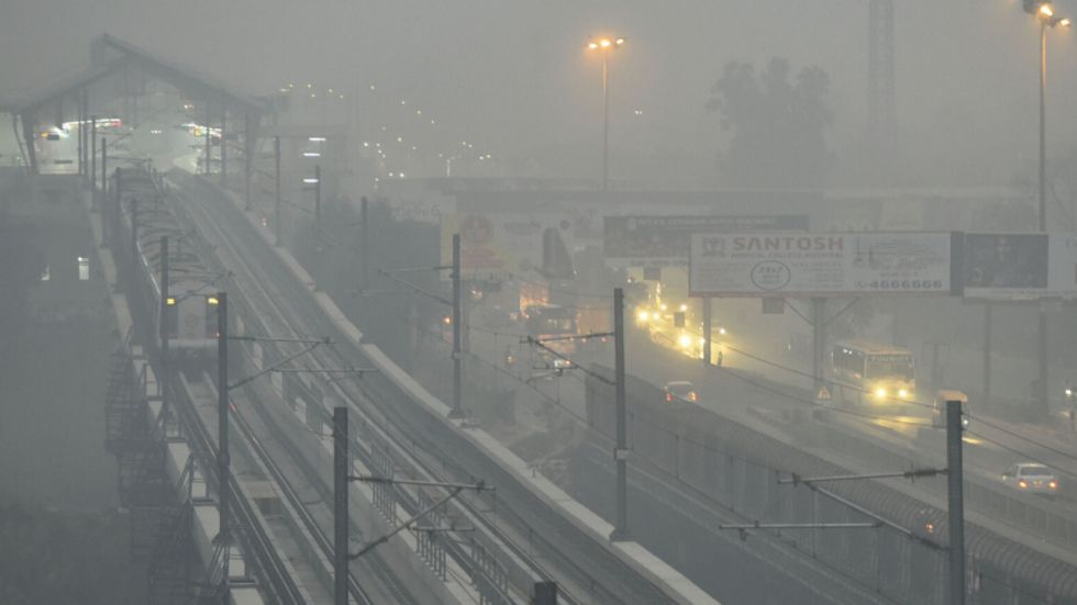 Neighbouring Ghaziabad was no better with AQI hovered over 450-mark in localities such as Indirapuram and Vasundhara.