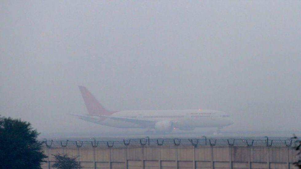 Delhi air pollution has created low visibility