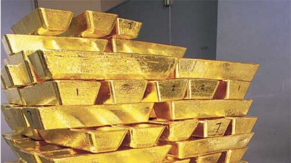 Bullion Market Closing: Gold Drops Rs 301, Silver Too Tumbles Rs 906