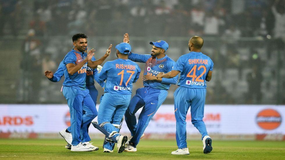 Rohit Sharma blasted 85 as India won by eight wickets against Bangladesh in Rajkot to level the three-match series 1-1.