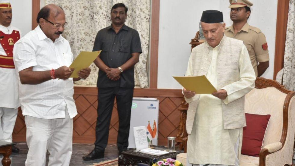 BJP's Kalidas Kolambkar Takes Oath As Protem Speaker Of Maharashtra Assembly