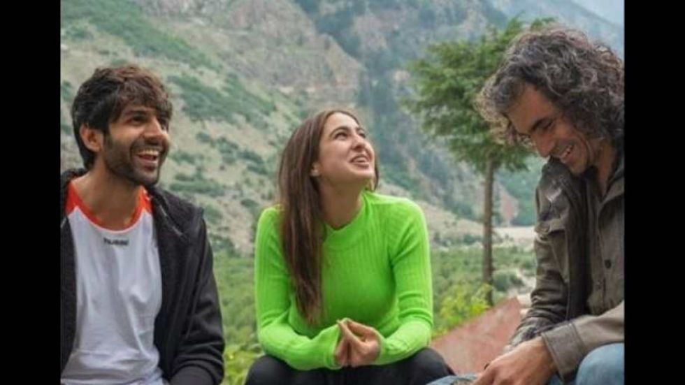 Imitiaz Ali Gives Heads Up About Plot Of Kartik -Sara  Starrer 'Aaj Kal'