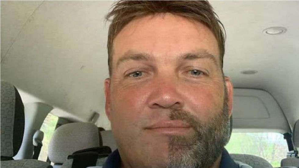 Jacques Kallis shaved off half of his facial and chest hair.