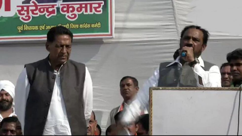 Former MLA Surender Kumar with Congress Delhi chief Subhash Chopra.