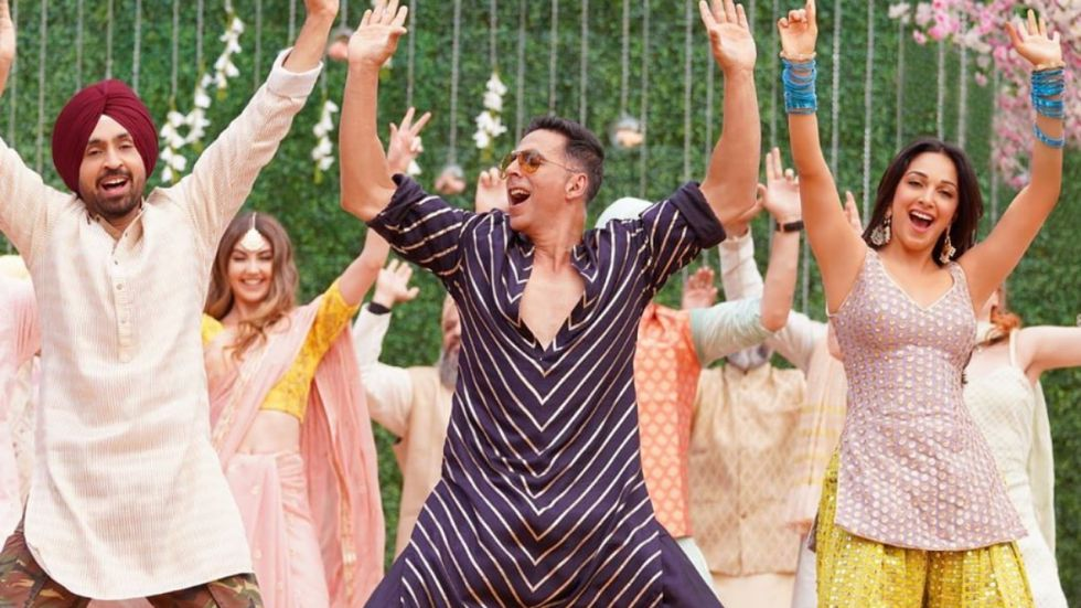 Diljit-Akshay's Bhangra Moves Will Make You Groove Too.