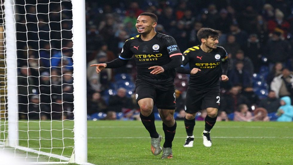 Gabriel Jesus scored after eight games as Manchester City cut the deficit against Liverpool to eight points.