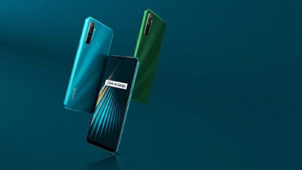 Realme 5i will be available in two colours.