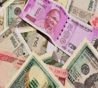 Rupee Rises 12 Paise To 70.82 Against US Dollar In Early Trade