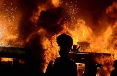 Massive fire breaks out at building housing govt offices in Lucknow's Gomti Nagar