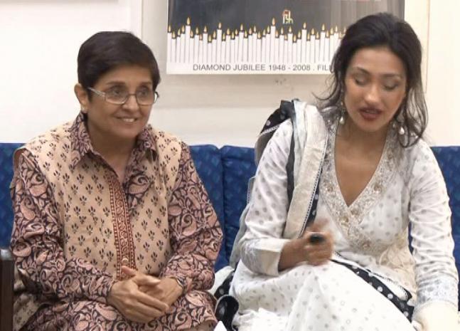 Rituparna Sen, Kiran Bedi promote Calapor