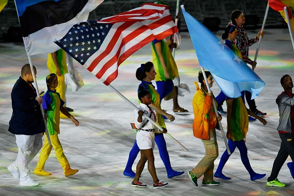 Rio bids farewell to athletes in colourful closing