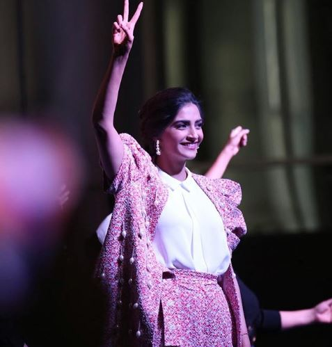 Sonam Kapoor turns 33 Anand Ahuja Anil Kapoor Swara Bhasker s special message on her birthday will make you go Aww