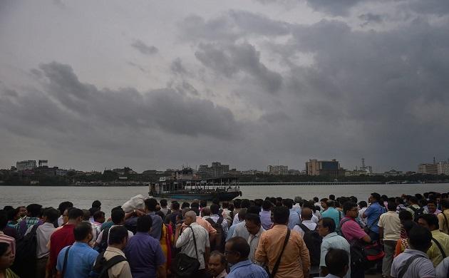 Cyclone Fani: Thundershowers, gusty winds sweep Odisha, Bengal and Andhra