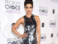 People's Choice Awards 2016: Red Carpet and 'Fashion'!