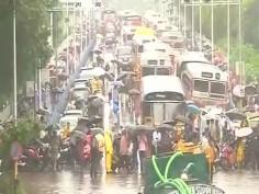 In pics Heavy rains lash Mumbai normal life disrupted CM Fadnavis promises all sort of help