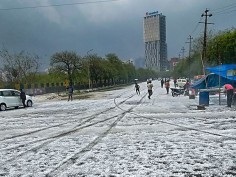 In Pics: National capital or Kashmir? Thick blanket of hails covers Delhi-NCR streets