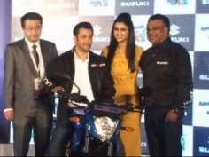 Salman, Parineeti launch Suzuki motorcycle, scooter