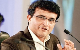 Shastri living in 'fool's world', says Ganguly