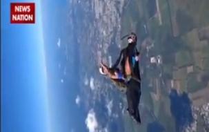 Khabar Jo Kar De Hairaan: Lovebirds deadly sky stunt