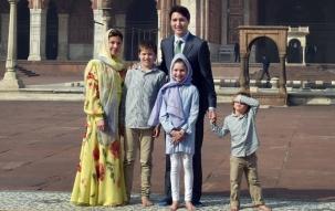 Canadian PM Justin Trudeau visits Jama Masjid in Old Delhi