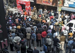 Nation Reporter: Markets in Delhi remain shut as traders protest against sealing drive