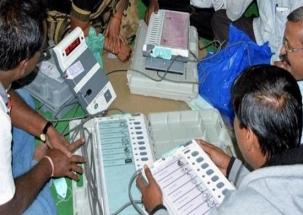 Kairana Lok Sabha Bypoll Results 2018: RLD's Tabassum Hasan ahead of BJP's Mriganka Singh