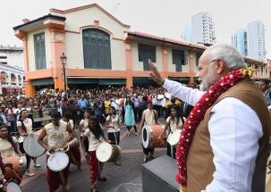 Singapore band performs Raghupati Raghav Raja Ram for PM Narendra Modi