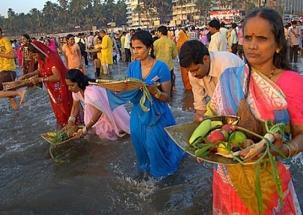 Chhath Puja: Third day of festival underway in Bihar with religious fervour