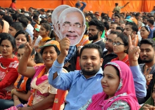 Voting for 3rd phase: Is 'Gujarati PM' biggest factor in Gujarat?
