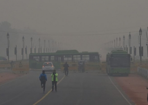 Dense fog leads to hazardous driving conditions in Delhi
