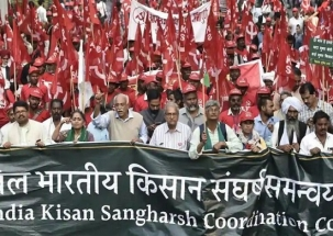 Farmers from across India begin two-day protest march in Delhi