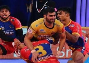 Pro Kabaddi League 2018: Bengaluru Bulls annihilate Telugu Titans 37-24